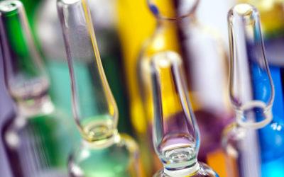 EMA: az AstraZeneca oltóanyaga továbbra is beadható